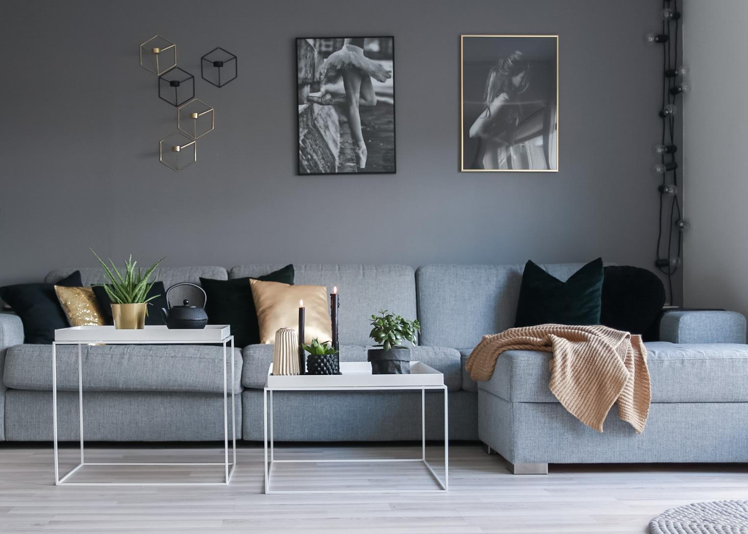 nye bilder stue - hvitelinjer