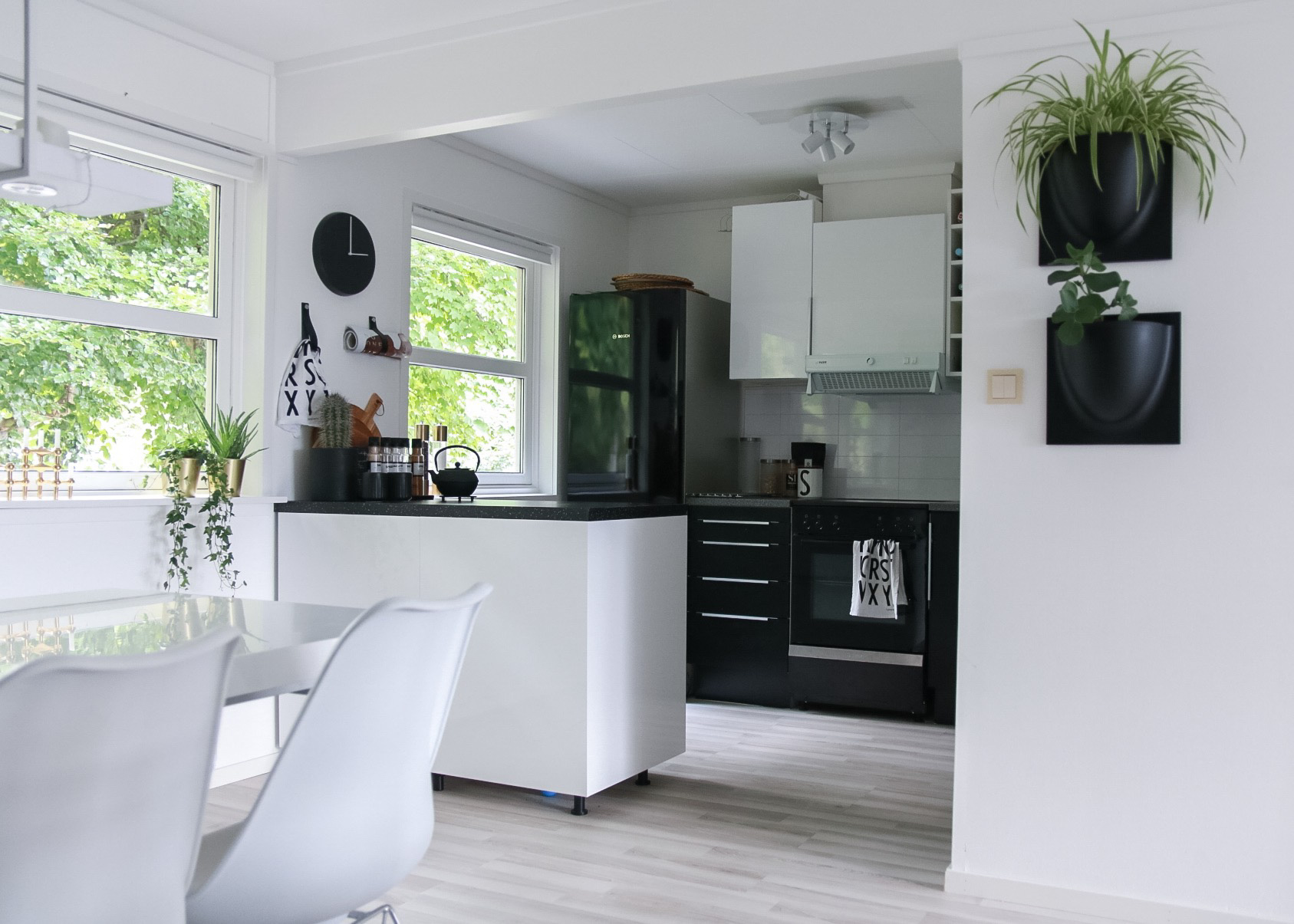 oppussing av kjøkkenet - på budsjett - hvitelinjer