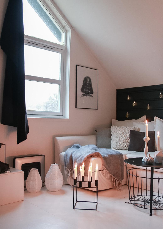 Oppe på loftet - hvitelinjer