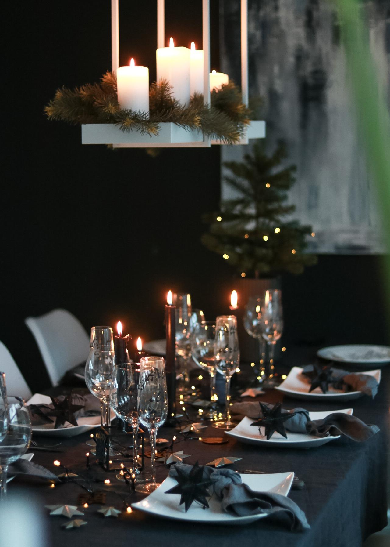 Nyttårsbordet 2017. Godt nytt år! - HVITELINJER BLOGG -