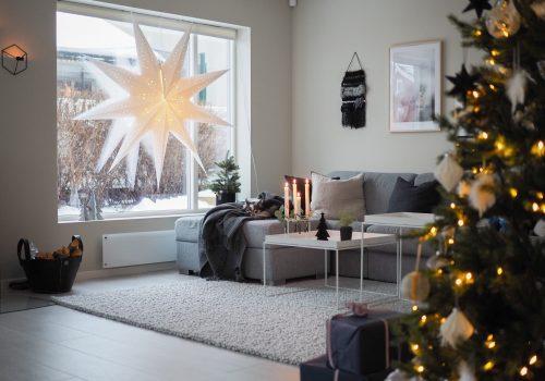 Julaften i nytt hus og avisartikkel - HVITELINJER BLOGG